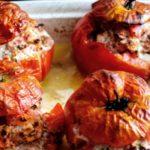 Tomates Rellenos y Pesto Verde